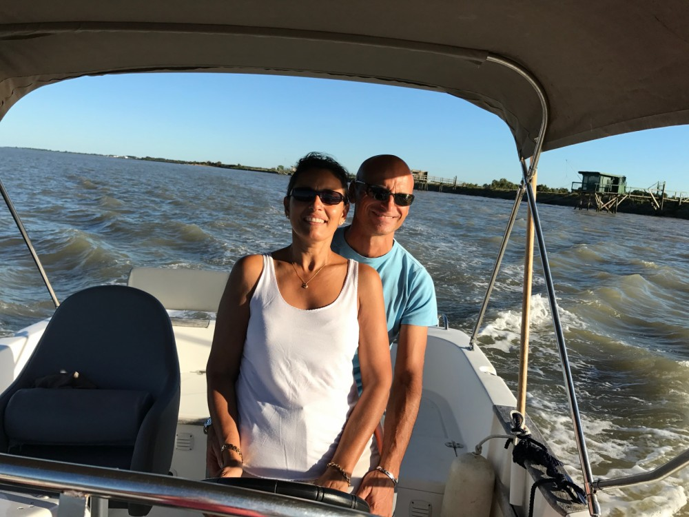 Rental Motor boat B2 Marine with a permit