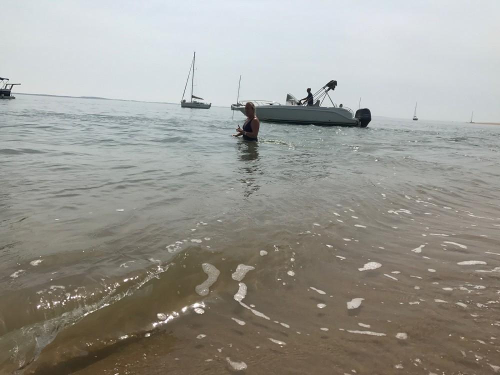 Rental yacht Jau-Dignac-et-Loirac - B2 Marine Cap Ferret 650 Open Sun Deck on SamBoat