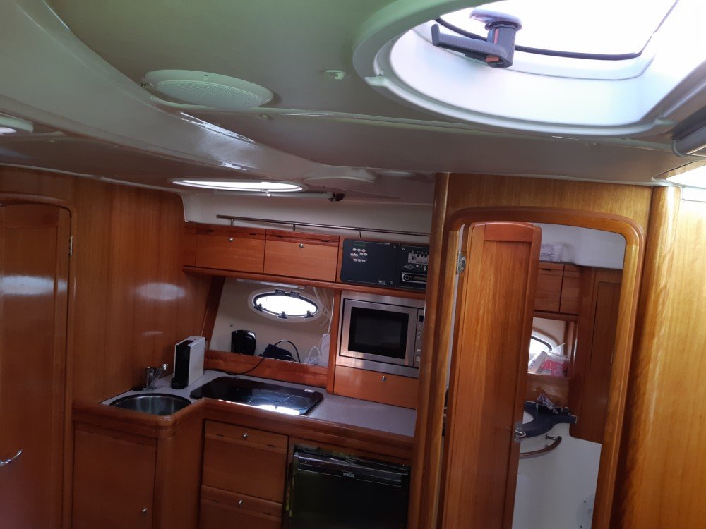 Motorboat for rent Agde at the best price