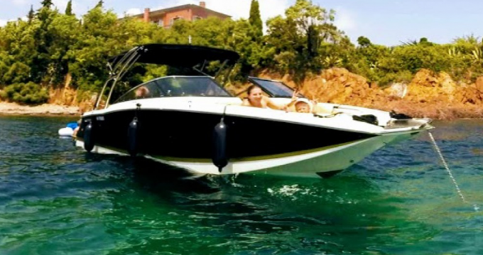 Hire Motorboat with or without skipper Four Winns Cannes