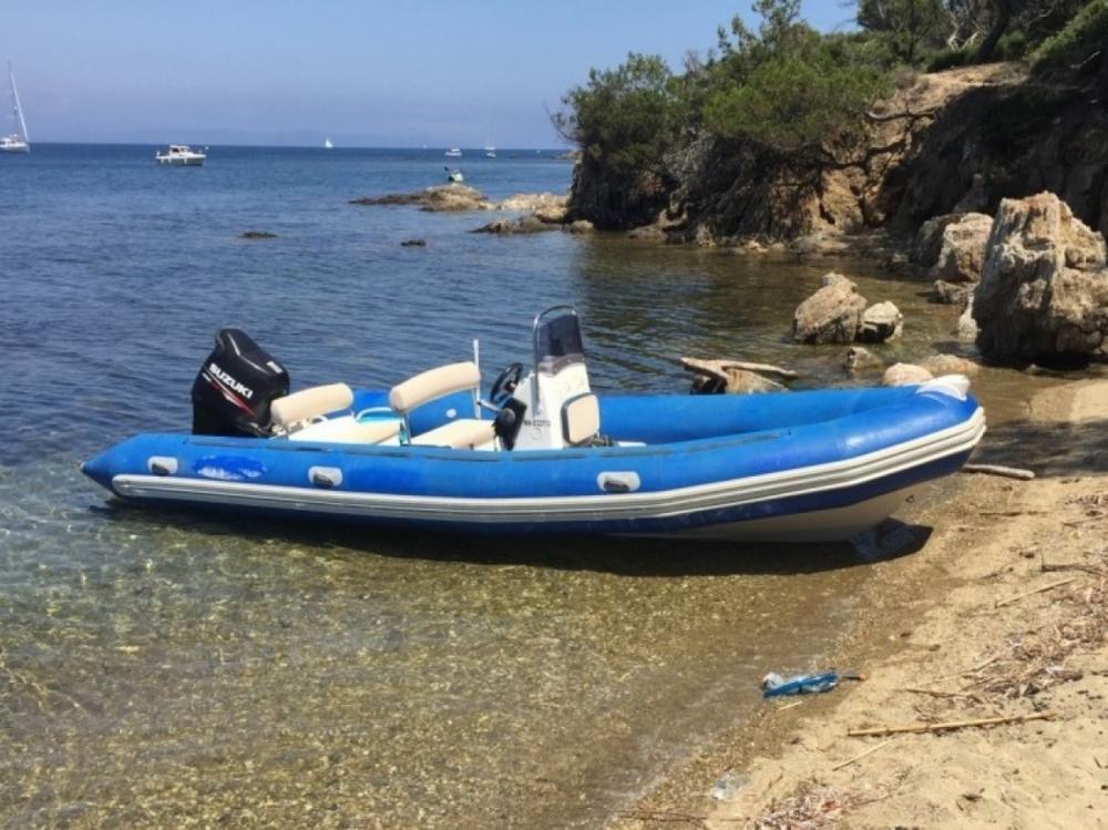 Boat rental Bombard Sunrider in La Ciotat on Samboat