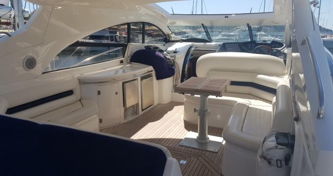 Rental yacht Saint-Tropez - Sunseeker predator61 on SamBoat