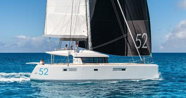 Catamaran for rent Eden Island at the best price