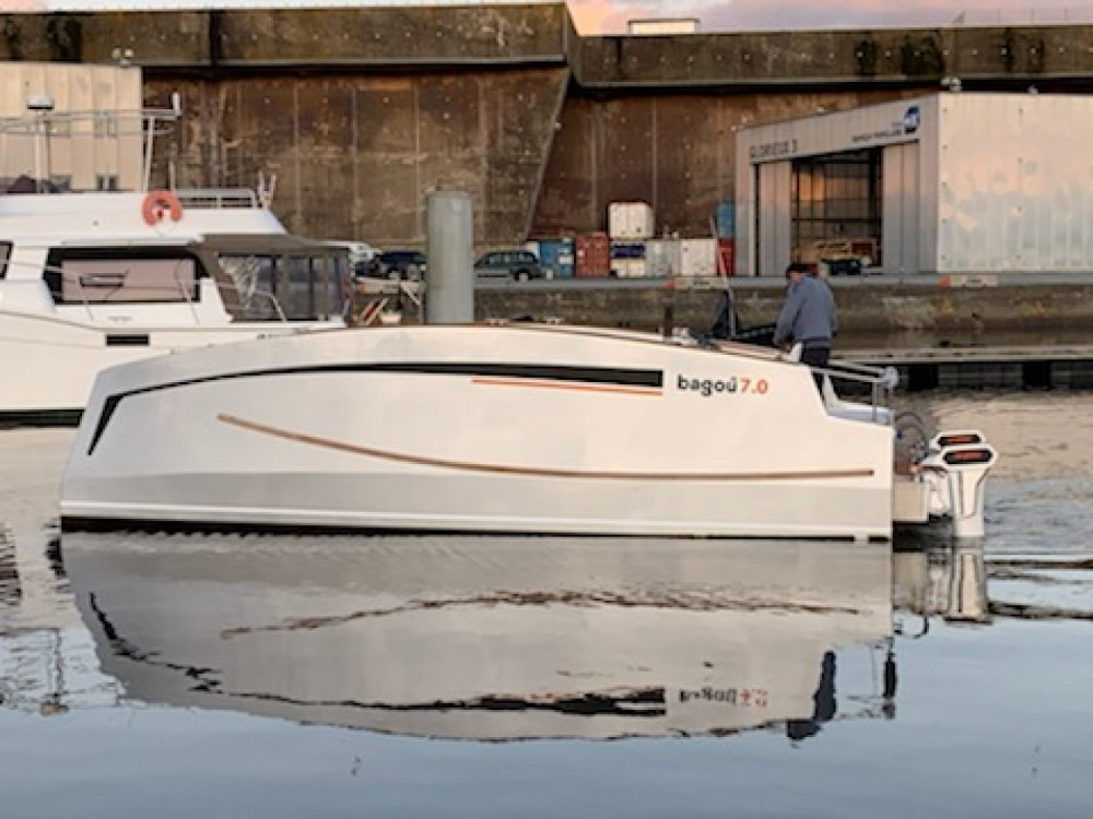 Boat rental BAGOU BOATS BAGOU 7.0 in Lorient on Samboat