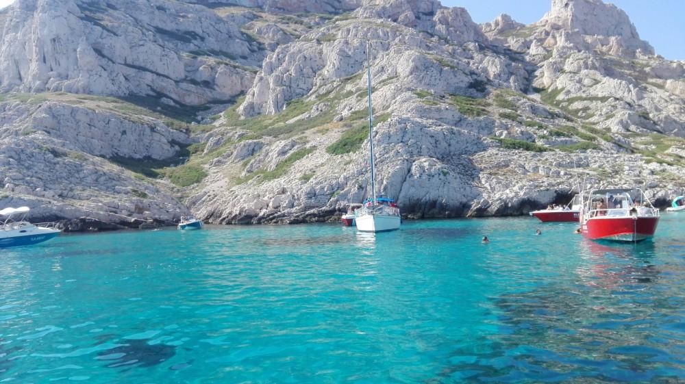 Boat rental Marseille cheap 58