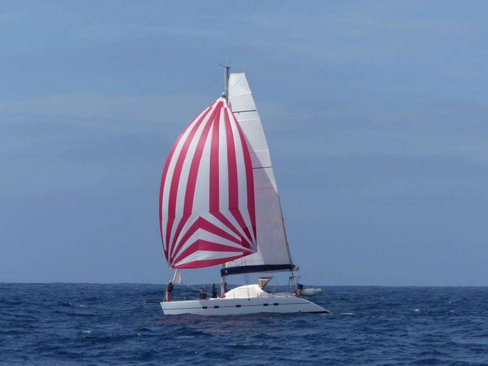 Rental yacht Antibes - Lagoon Lagoon 42 TPI on SamBoat