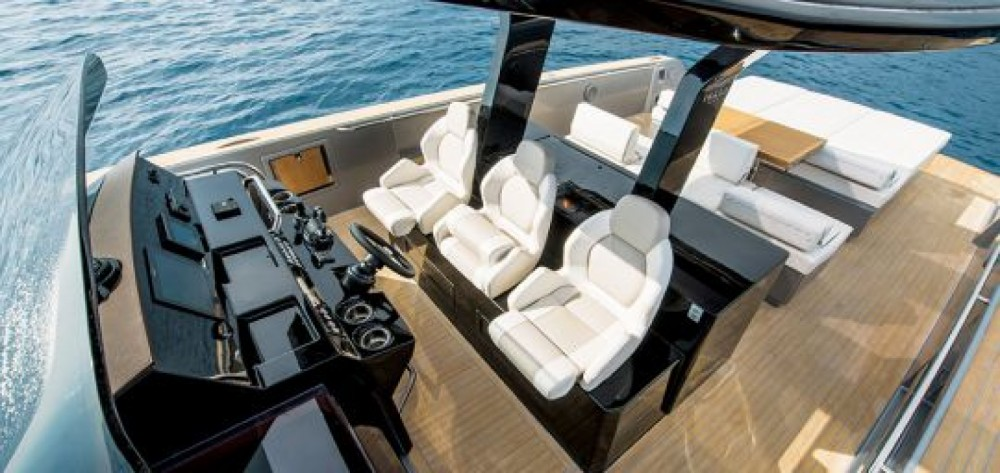 Hire Motor boat with or without skipper Cantiere Del Pardo Port Grimaud