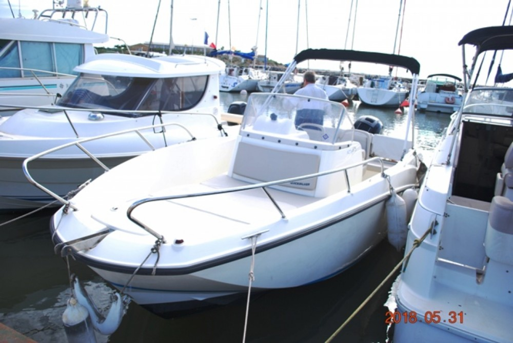 Boat rental Quicksilver Activ 675 Open in Valras-Plage on Samboat