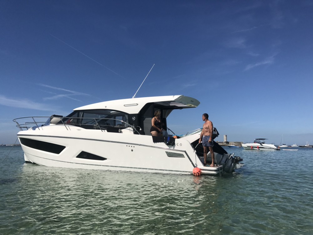 Rental Motor boat Parker with a permit