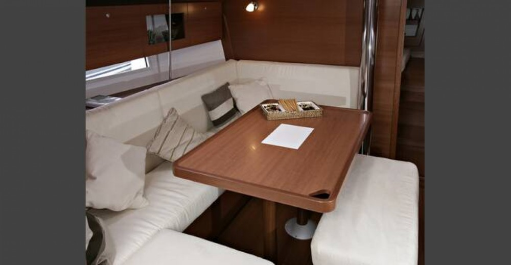 Hire Sailboat with or without skipper Dufour Leucate