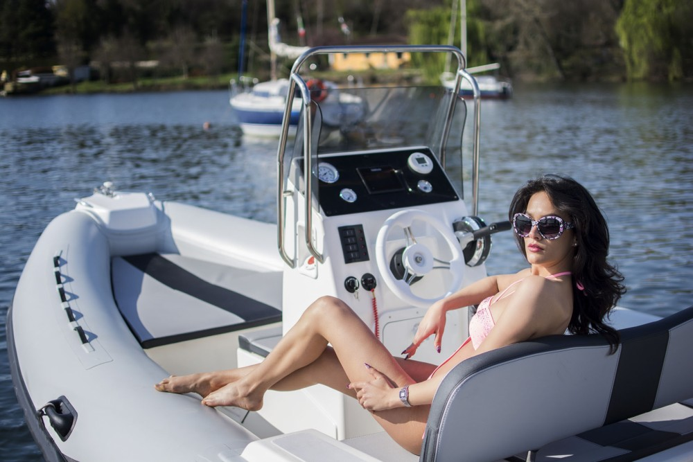Boat rental Port Grimaud cheap 5.30