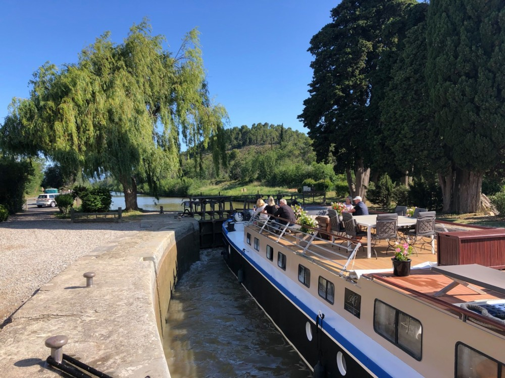 Rent a Peniche Canal du midi Carcassonne