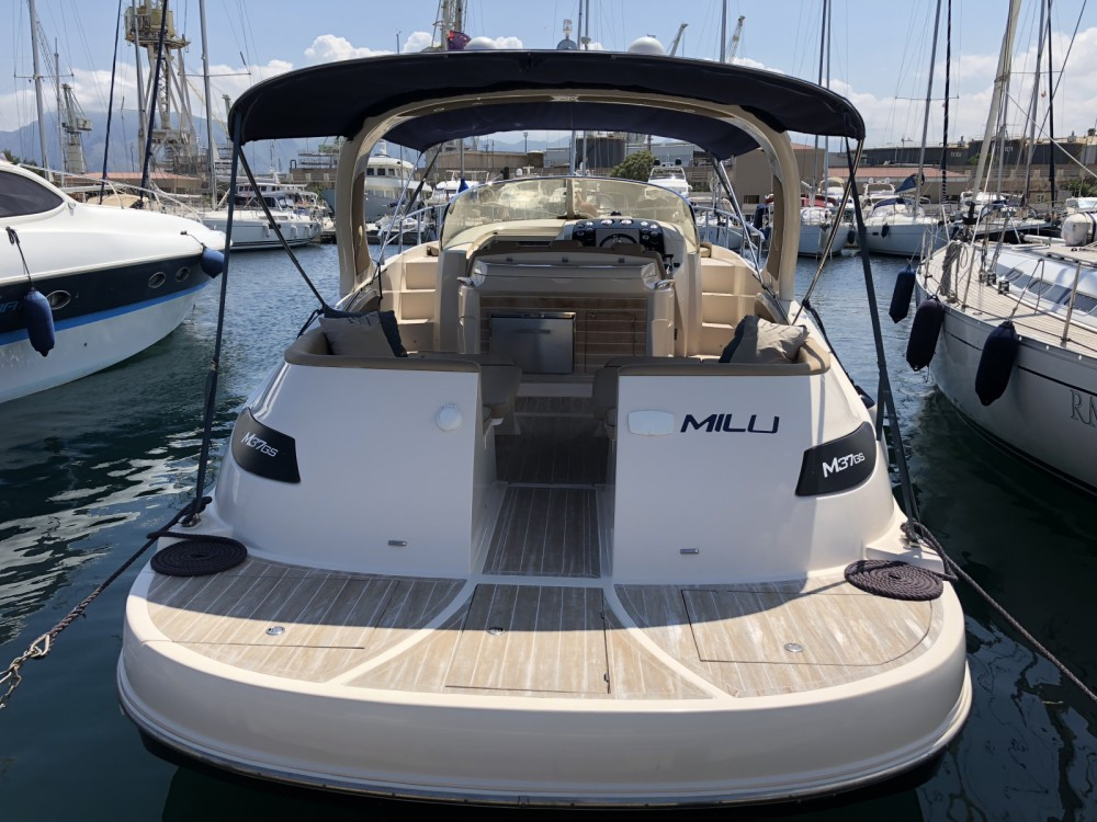 Mano Marine 37GS between personal and professional Capo d'Orlando