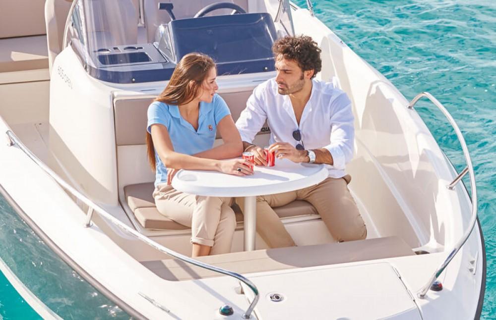 Rental Motorboat in Alcalà de Xivert - Quicksilver Activ 605 Open