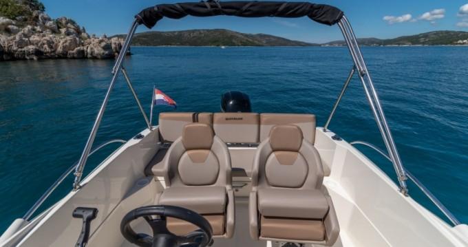 Rental Motorboat in Puerto Alcocéber - Quicksilver Activ 605 Open