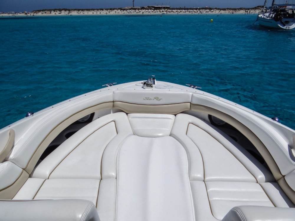 Rent a Sea Ray Sea Ray 290 SLX Alicante