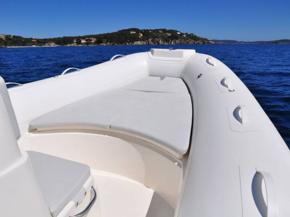 Hire RIB with or without skipper Bwa Porto Rotondo