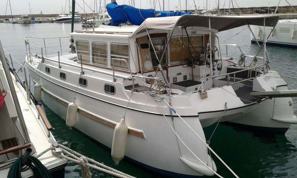 Hire Catamaran with or without skipper catfisher Marseille