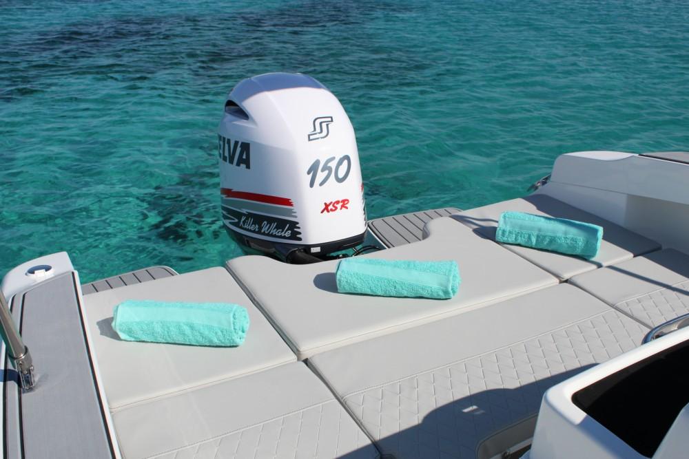 Rental yacht Eivissa - Karnic 601SL on SamBoat