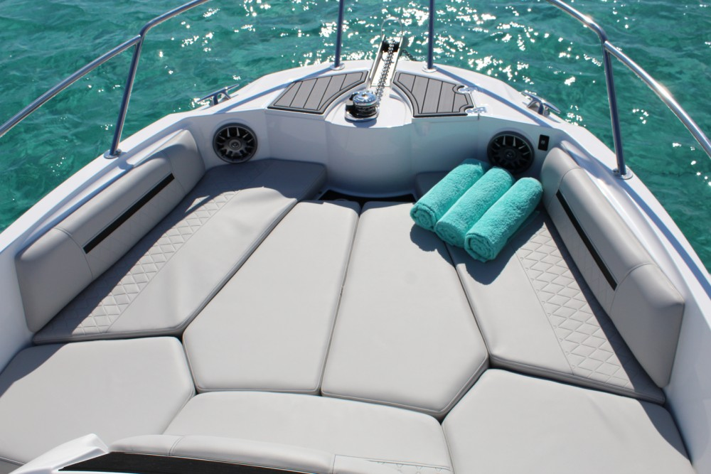 Motor boat for rent Eivissa at the best price