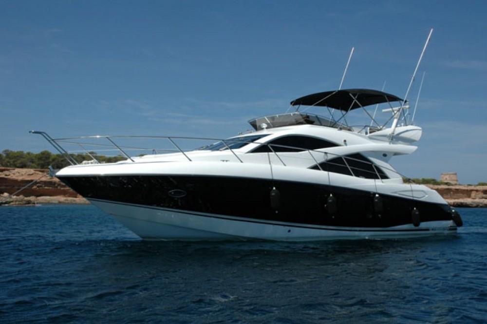 Rental Yacht in Barcelona - Sunseeker Manhattan 52