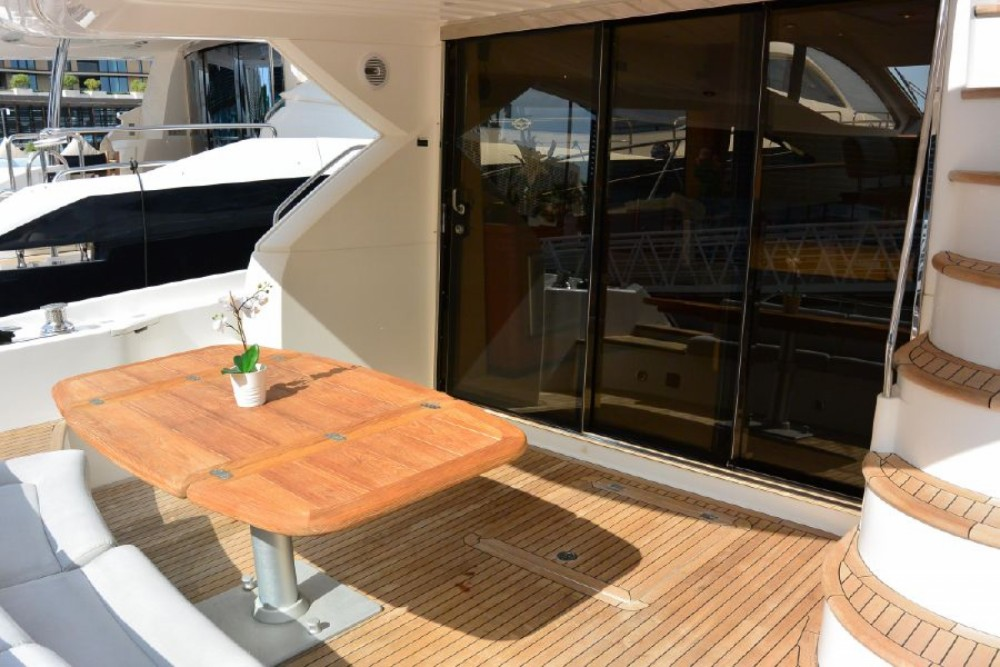 Boat rental Barcelona cheap Manhattan 52