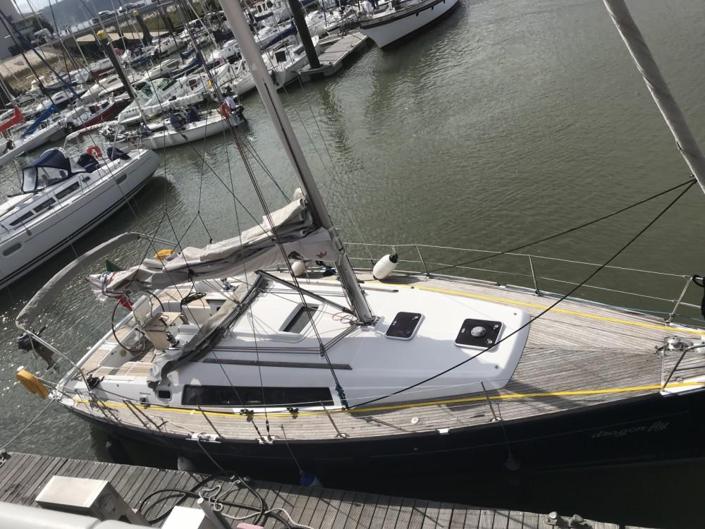 Rental Sailboat in Lisbon - Bénéteau Oceanis 37