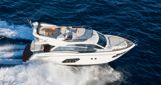 Absolute Yachts Absolute 52 Fly between personal and professional Palma de Mallorca