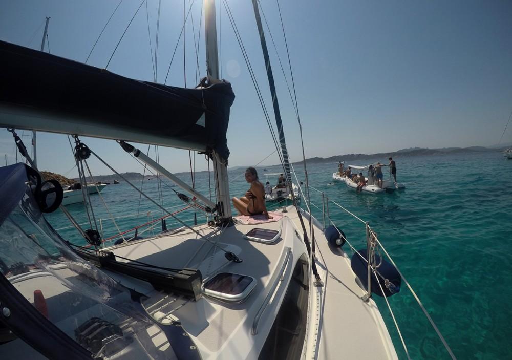 Boat rental Lu Palau/Palau cheap 320 mk II