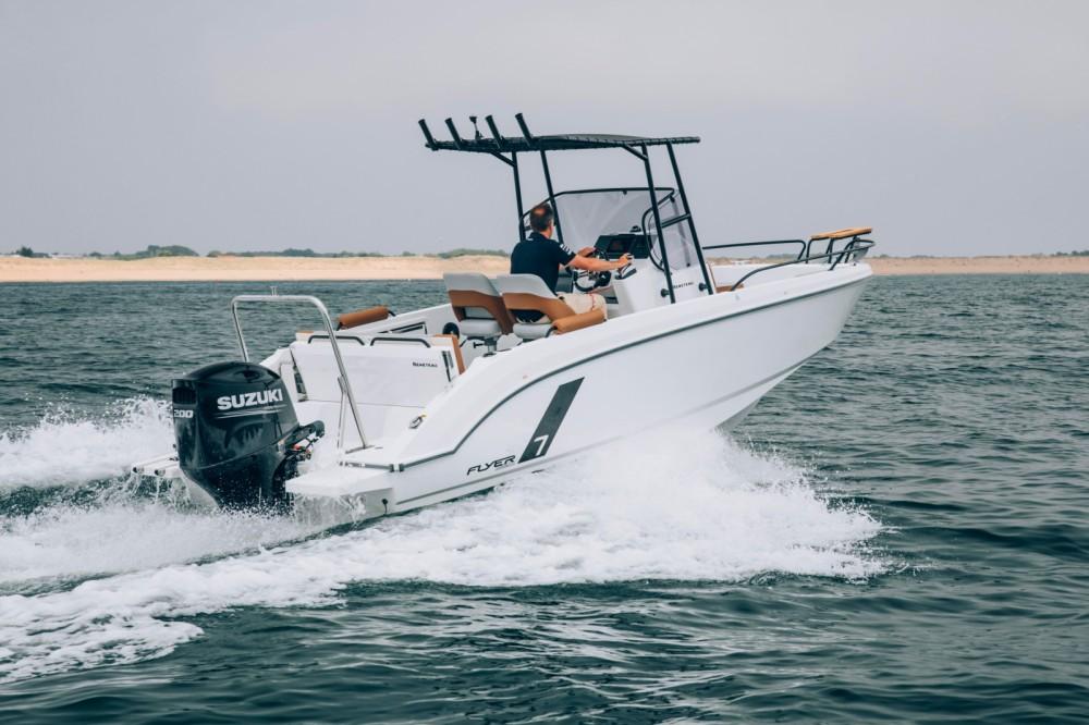 Rental Motor boat in Hendaye - Bénéteau Flyer 7