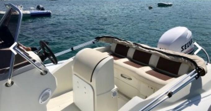 Boat rental Kardis Kiwi 620 in Grosseto-Prugna on Samboat