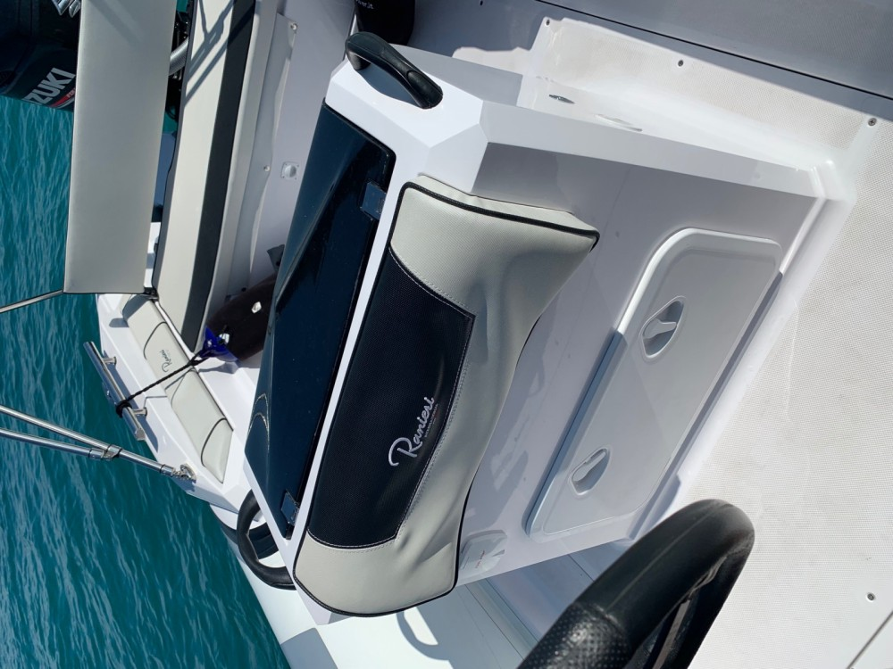 Hire RIB with or without skipper Ranieri Ancona