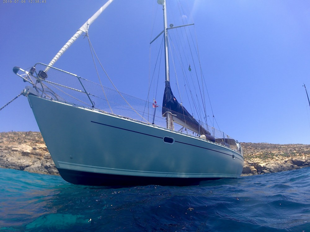 Sailboat for rent Pietà at the best price