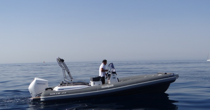 Hire RIB with or without skipper Salpa La Rochelle
