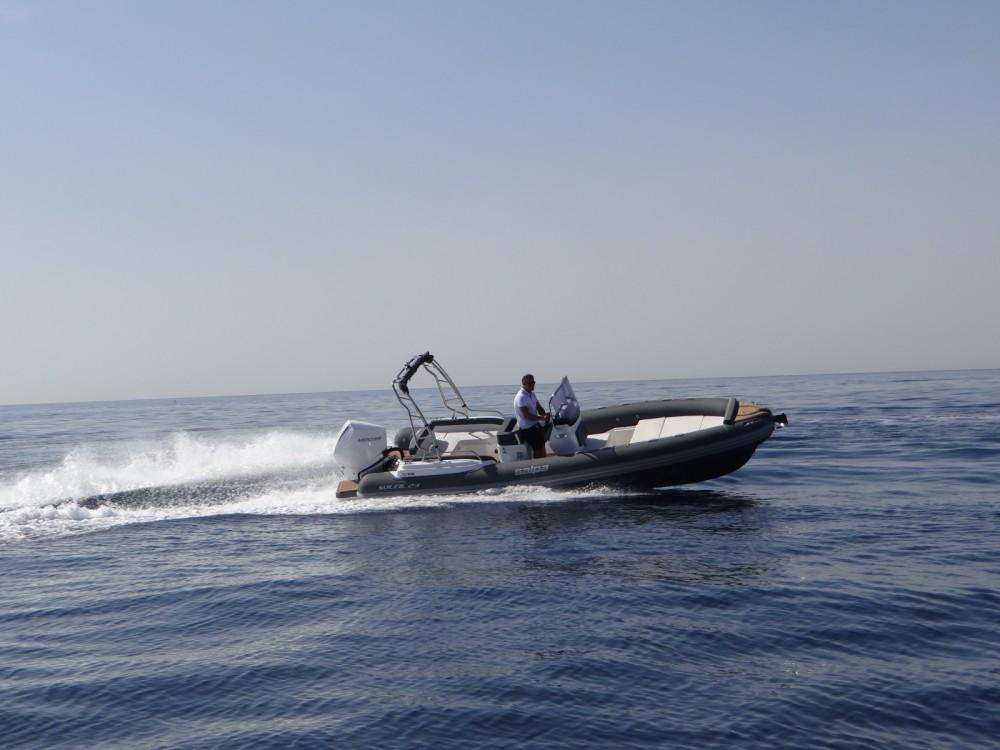Boat rental La Rochelle cheap Salpa Soleil 23