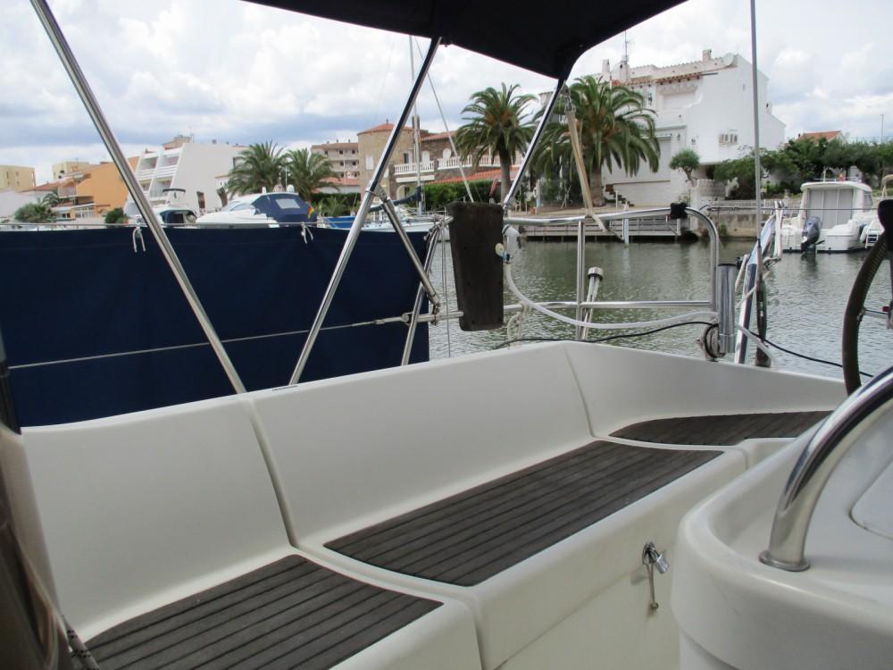 Boat rental Roses cheap oceanis 370