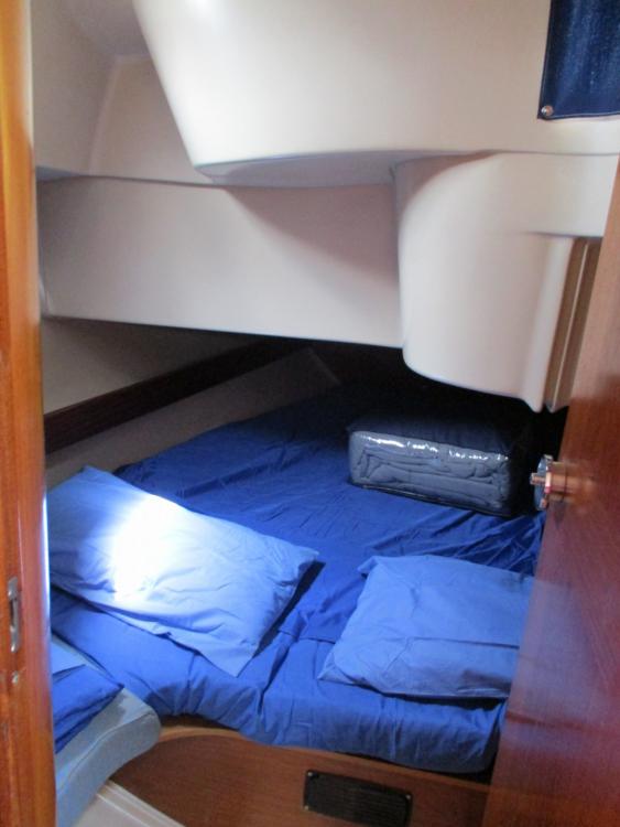 Rental yacht Roses - Bénéteau oceanis 370 on SamBoat