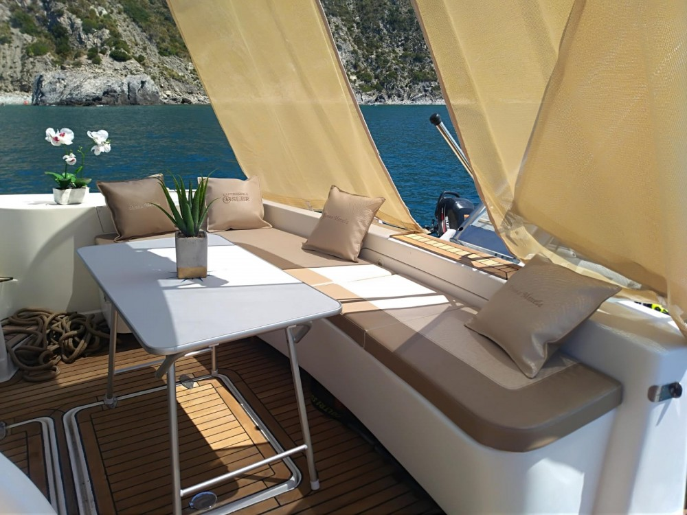 Boat rental Marina di Pisciotta cheap Challenger 440 Fly