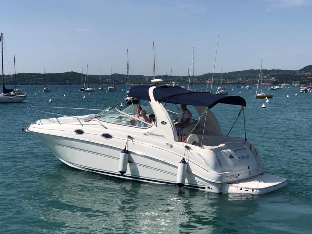 Boat rental Sea Ray Sea Ray 315 Sundancer in Moniga del Garda on Samboat