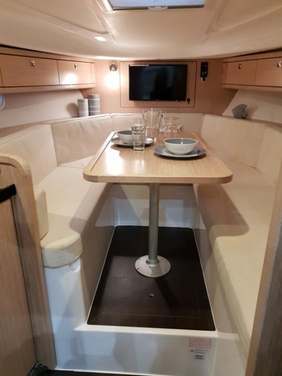Rental Motor boat in Moniga del Garda - Bavaria S29 sport