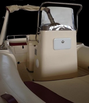 Hire RIB with or without skipper Colbac Isola delle Femmine