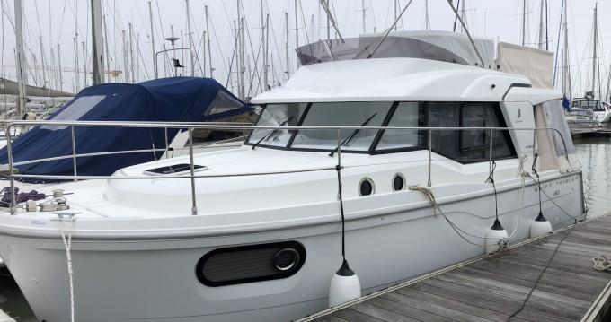 Rental Motorboat in La Rochelle - Bénéteau Swift Trawler 30