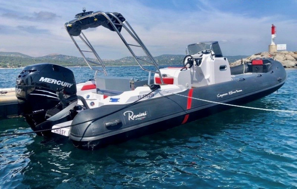 Rental RIB Ranieri with a permit