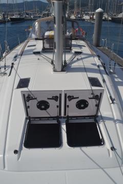 Rental Sailboat in Vigo - Jeanneau Sun Odyssey 519