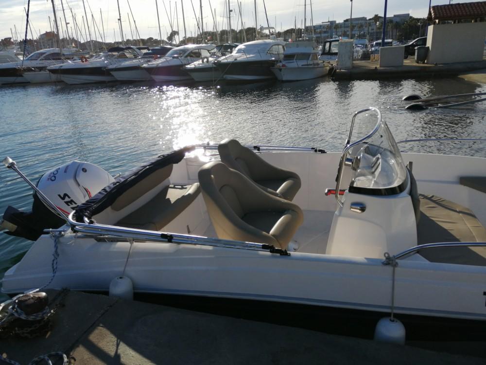 Boat rental Hyères cheap Titanium 560 open