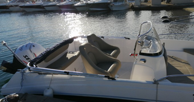 Rental yacht Hyères - Titanium Titanium 560 open on SamBoat