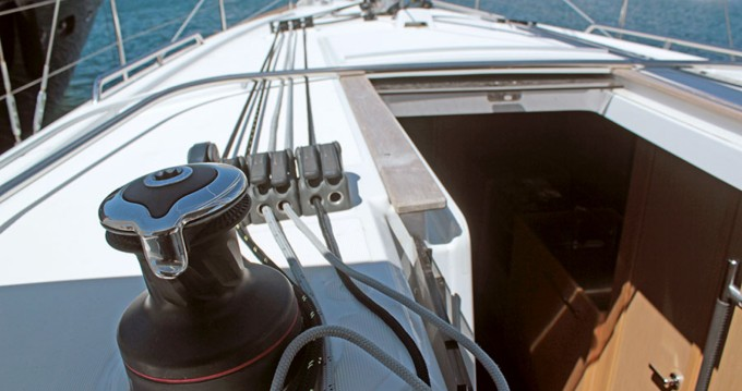 Rental yacht Palma de Mallorca - Bénéteau Oceanis 381 on SamBoat