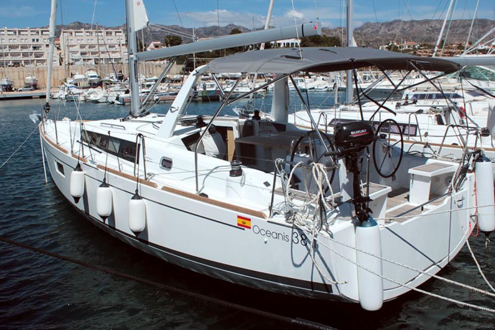 Boat rental Palma cheap Oceanis 38.1