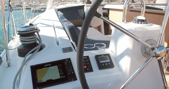 Rental Sailboat in Palma de Mallorca - Bénéteau Oceanis 41.1