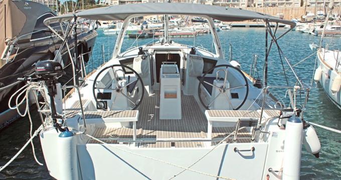Boat rental Palma de Mallorca cheap Oceanis 381